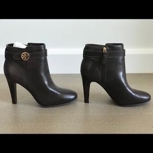Tory Burch size 9.5 leather booties